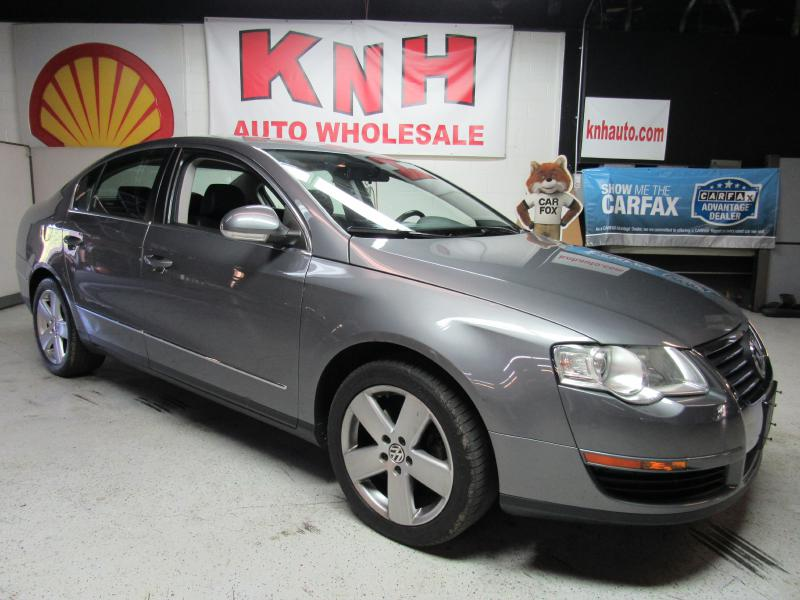 2008 VOLKSWAGEN PASSAT KOMFORT for sale at KNH Auto Sales