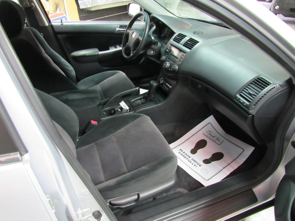 2005 HONDA ACCORD LX for sale at KNH Auto Sales