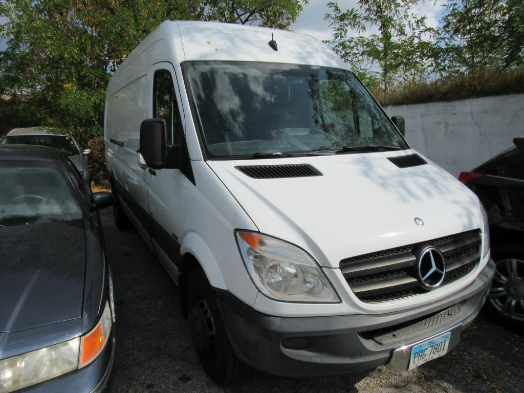 2010 MERCEDES-BENZ SPRINTER 3500 DIESEL for sale at KNH Auto Sales
