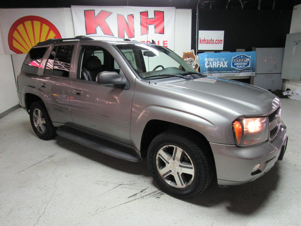 2006 CHEVROLET TRAILBLAZER LS for sale at KNH Auto Sales