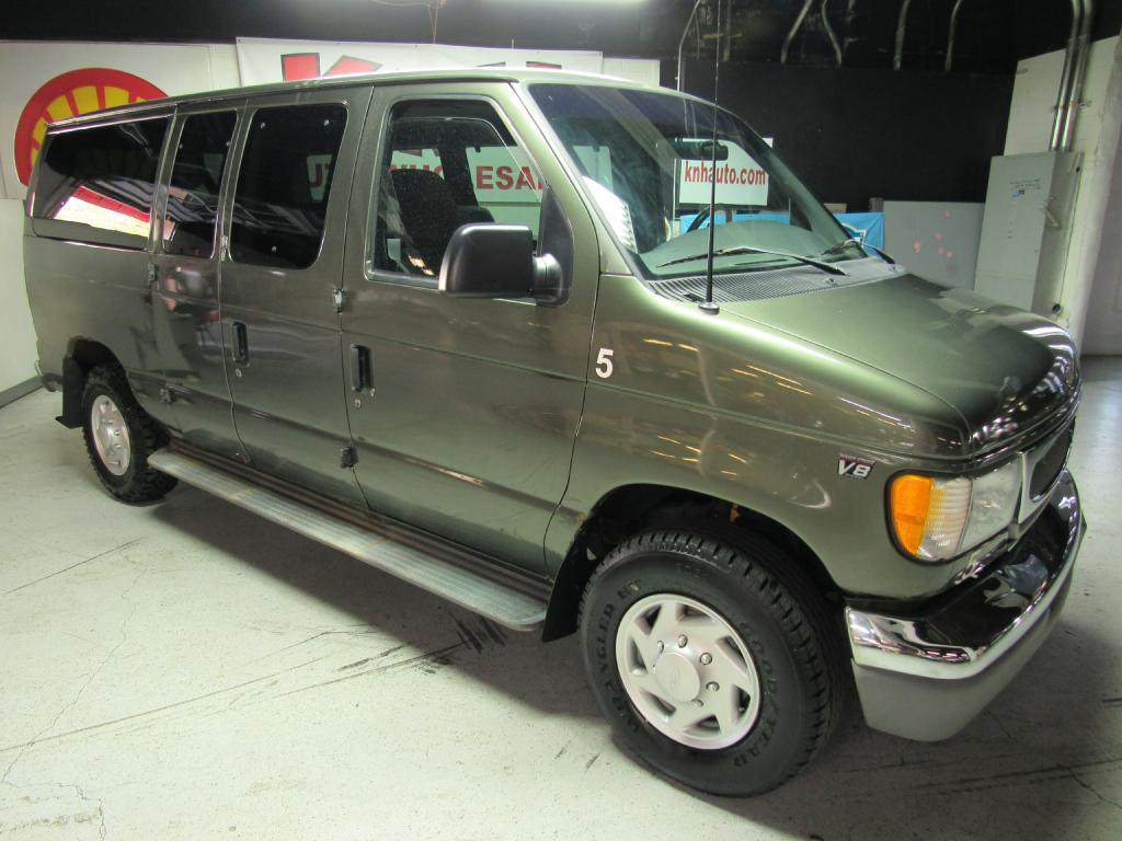 2002 FORD ECONOLINE E350 DIESEL WAGON for sale at KNH Auto Sales