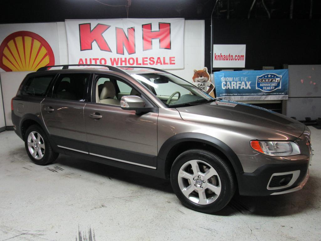 2009 VOLVO XC70 3.2 for sale at KNH Auto Sales