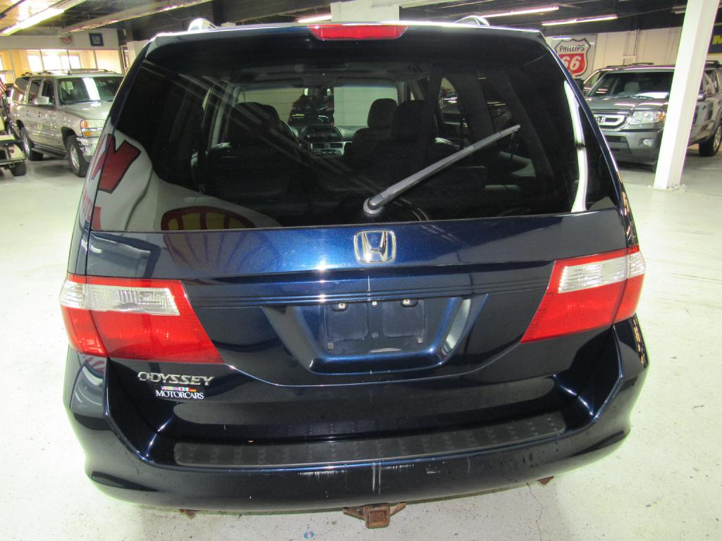 2006 HONDA ODYSSEY EXL for sale at KNH Auto Sales