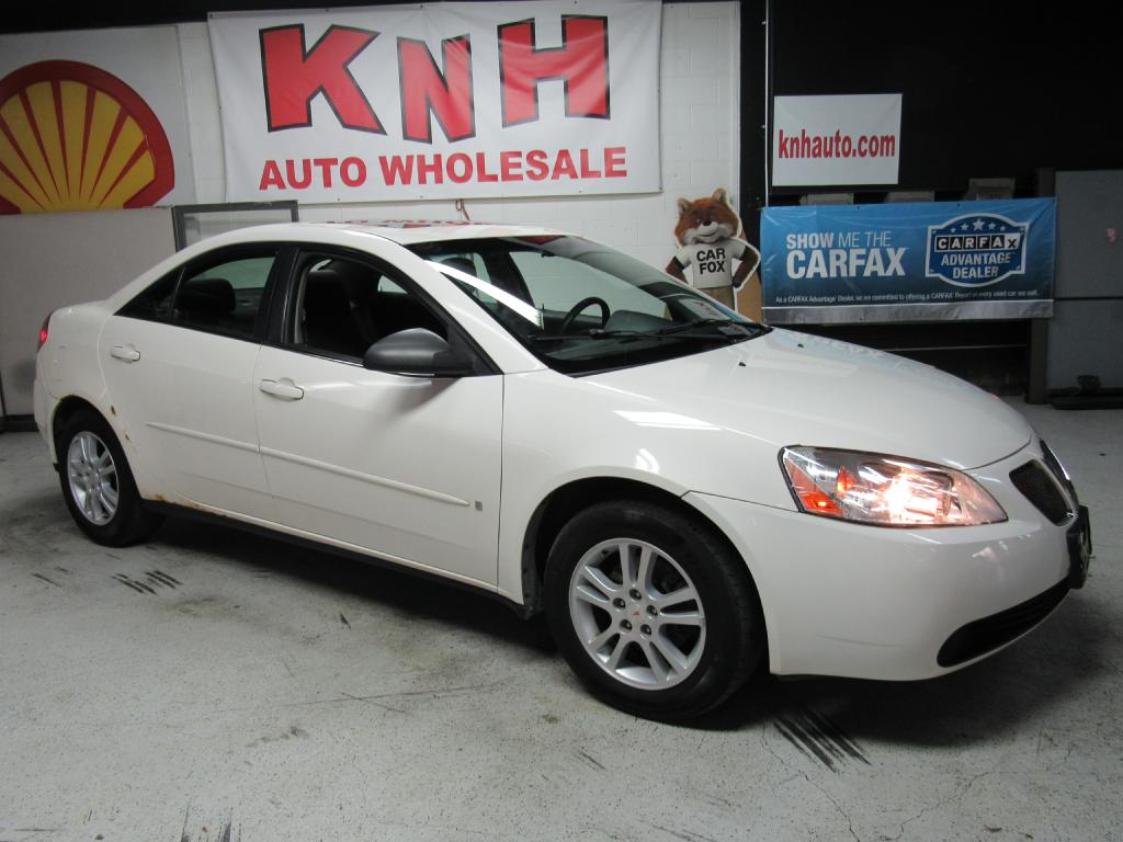 2006 PONTIAC G6 SE1 for sale at KNH Auto Sales