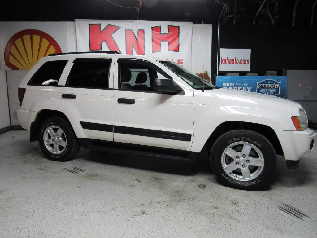 2005 JEEP GRAND CHEROKEE LAREDO for sale at KNH Auto Sales