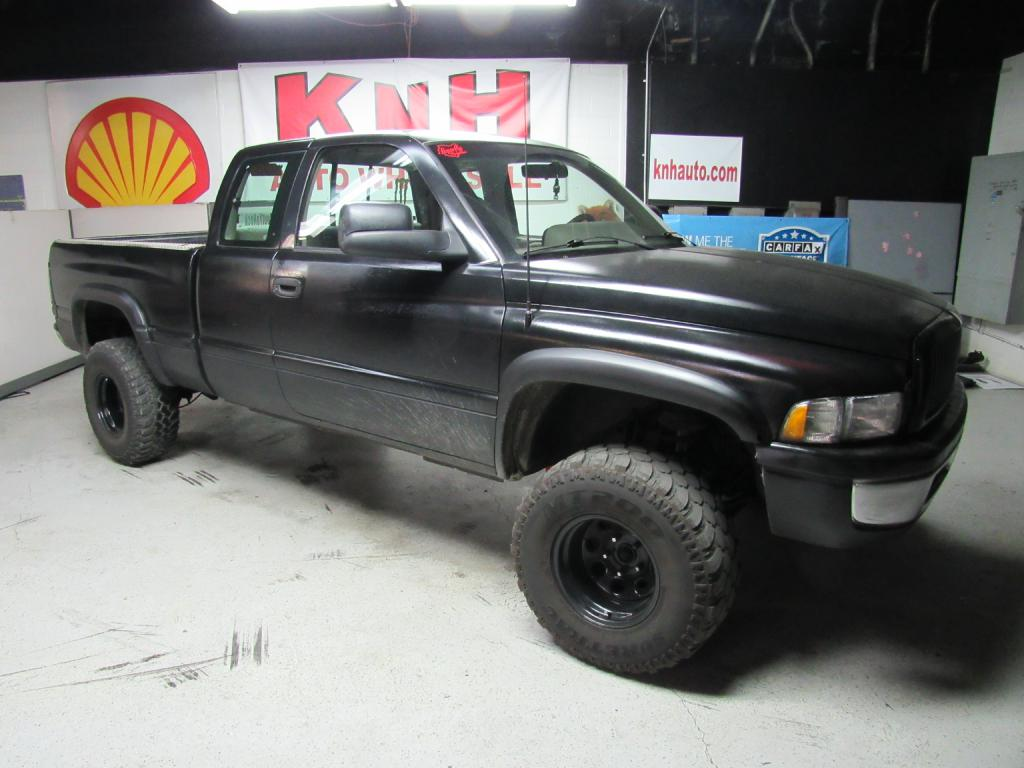 1996 DODGE RAM 1500  for sale at KNH Auto Sales