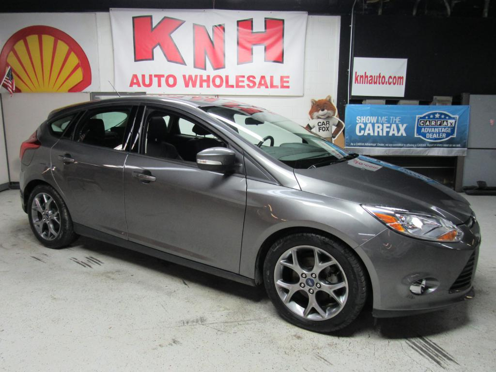 2014 FORD FOCUS SE for sale at KNH Auto Sales