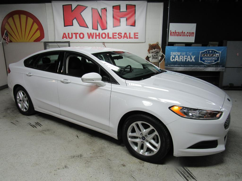 2016 FORD FUSION SE for sale at KNH Auto Sales