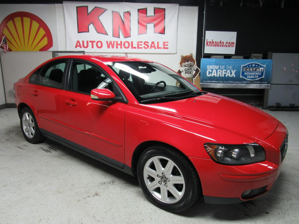 2004 VOLVO S40 T5 for sale at KNH Auto Sales