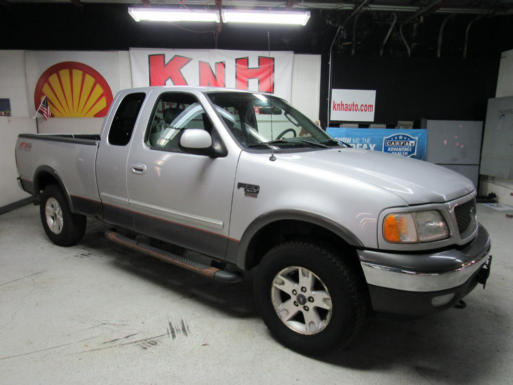 2003 FORD F150 XLT FX4 for sale at KNH Auto Sales