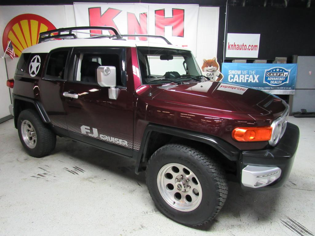2007 TOYOTA FJ CRUISER  for sale at KNH Auto Sales