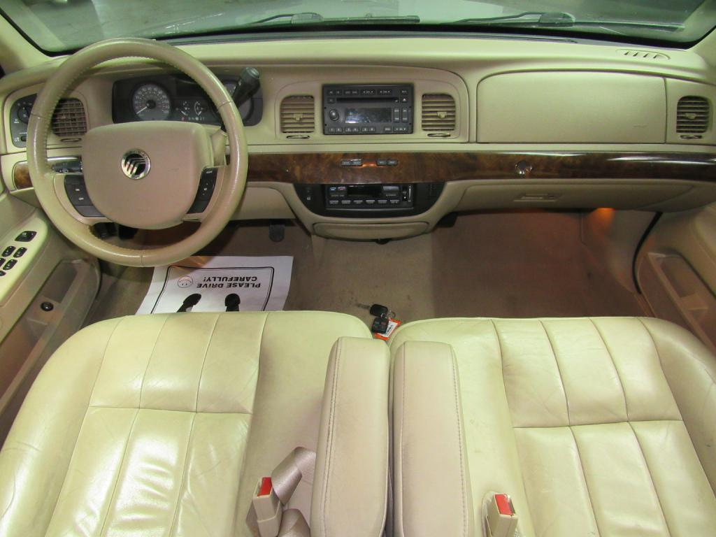 2007 MERCURY GRAND MARQUIS LS for sale at KNH Auto Sales