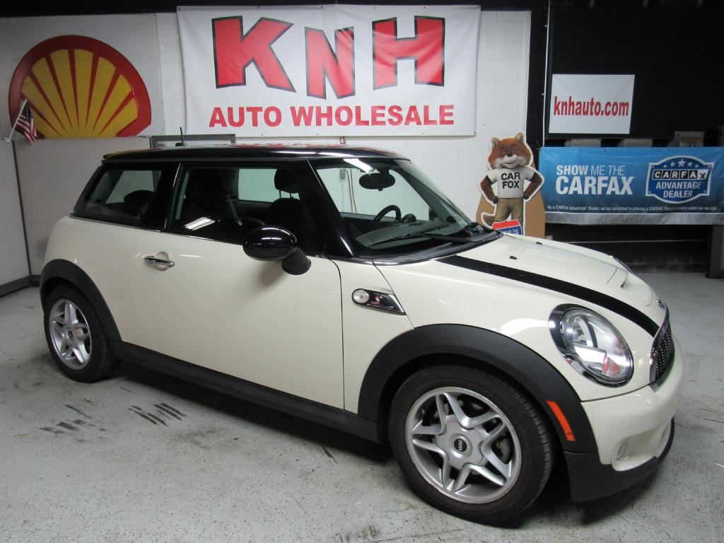 2010 MINI COOPER S for sale at KNH Auto Sales