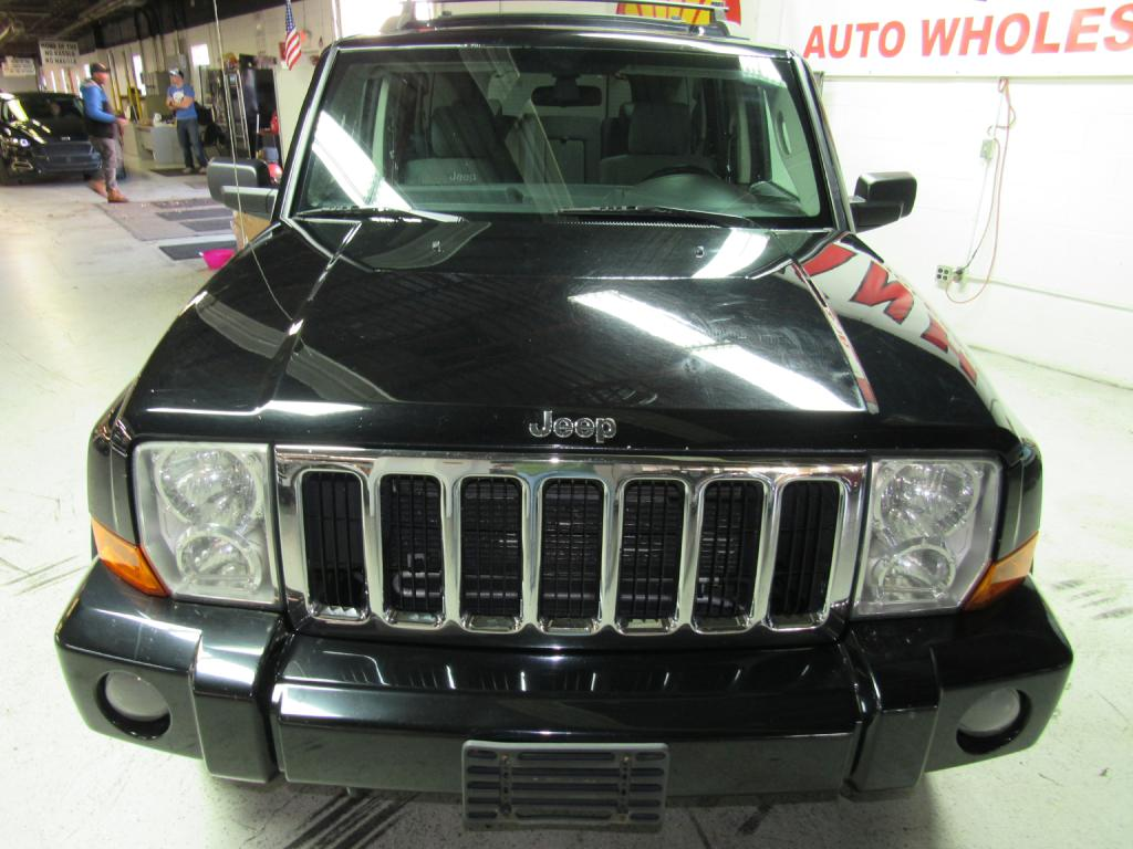 2007 JEEP COMMANDER  for sale at KNH Auto Sales
