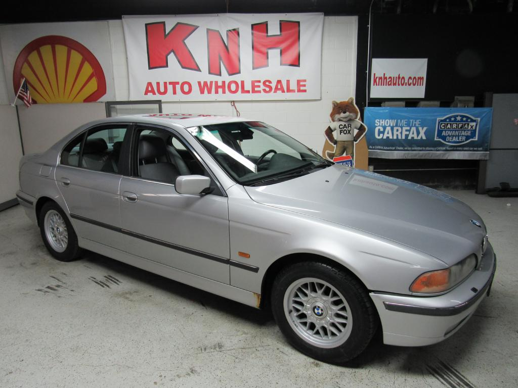 2000 BMW 528 I AUTOMATIC for sale at KNH Auto Sales