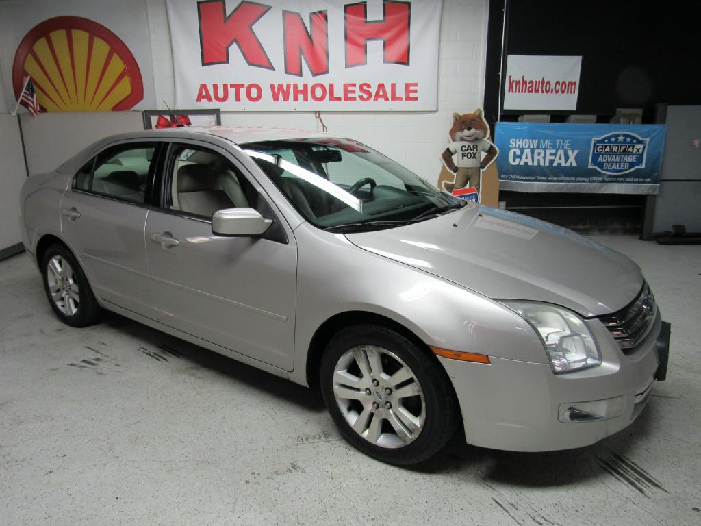 2007 FORD FUSION SEL for sale at KNH Auto Sales