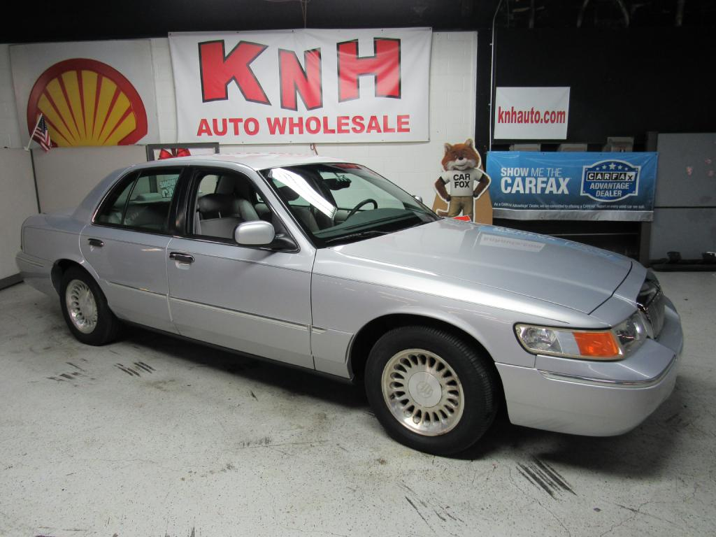 2000 MERCURY GRAND MARQUIS LS for sale at KNH Auto Sales