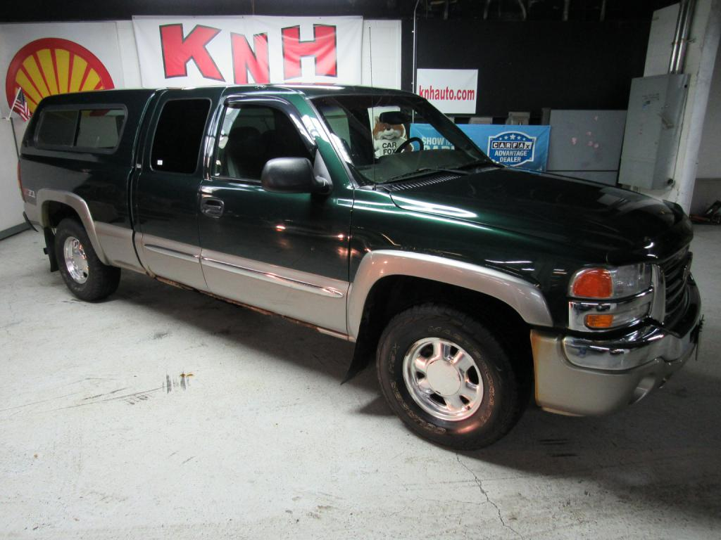 2003 GMC NEW SIERRA 1500 for sale at KNH Auto Sales