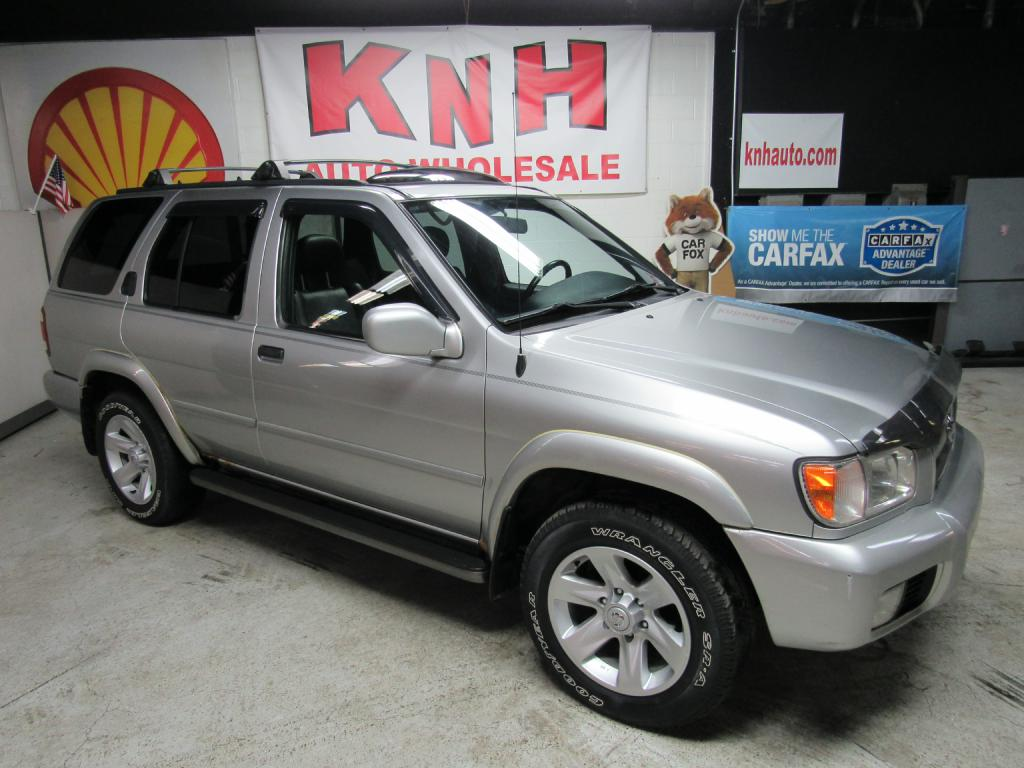 2002 NISSAN PATHFINDER LE for sale at KNH Auto Sales