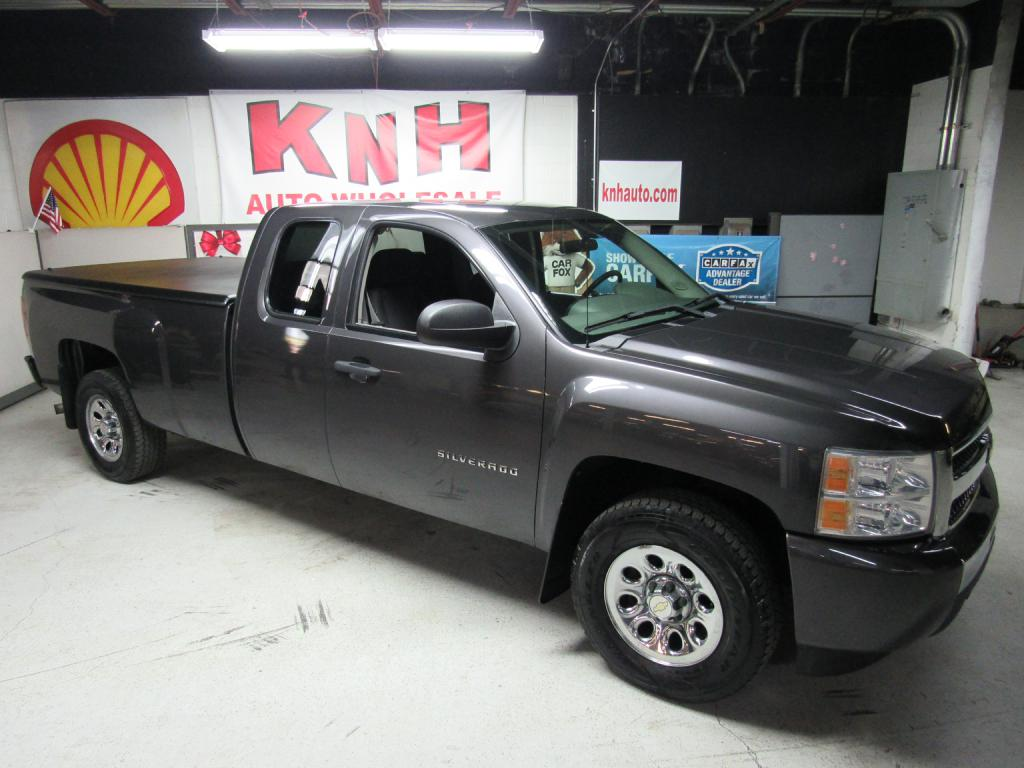2010 CHEVROLET SILVERADO 1500  for sale at KNH Auto Sales