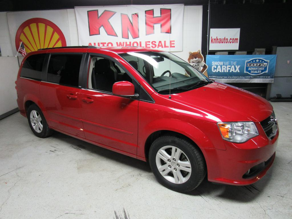 2013 DODGE GRAND CARAVAN CREW for sale at KNH Auto Sales