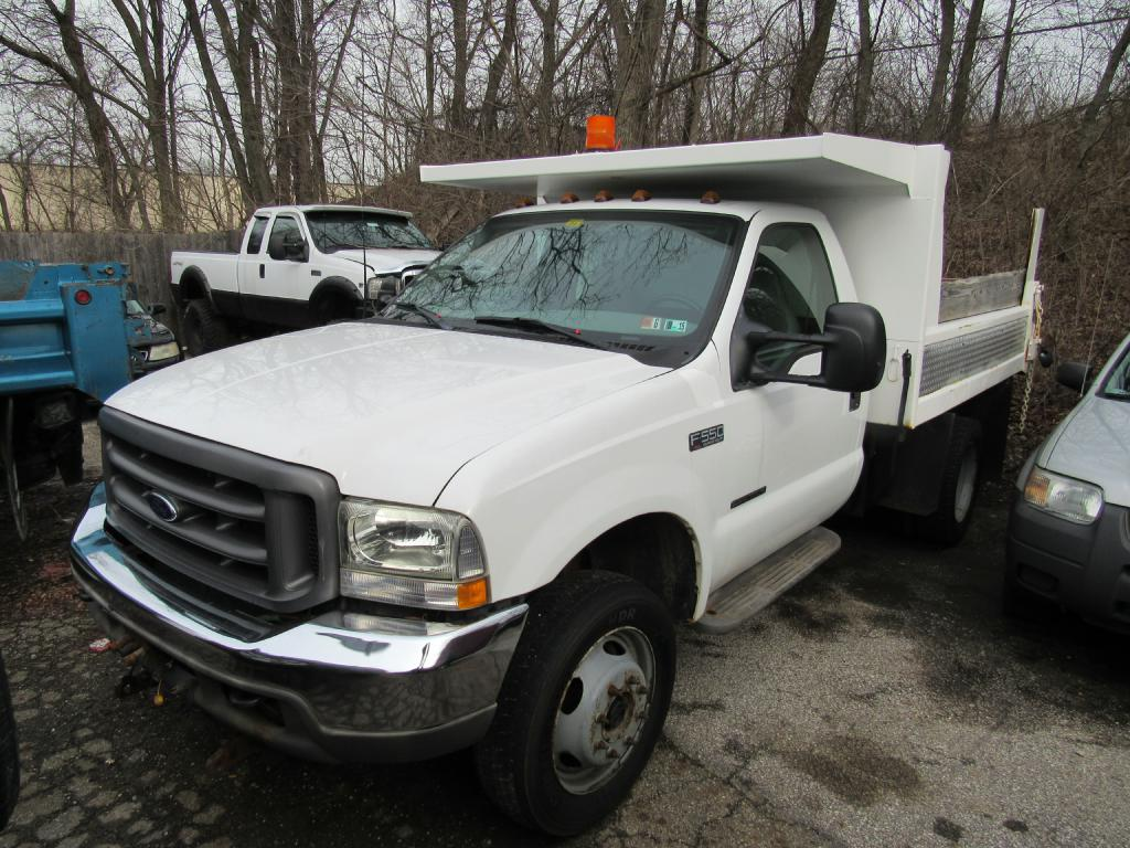 2002 FORD F550 SUPER DUTY for sale at KNH Auto Sales