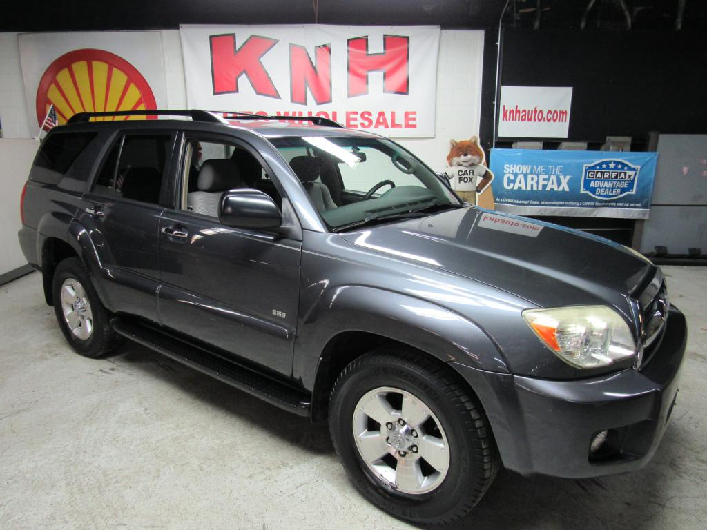 2008 TOYOTA 4RUNNER SR5 for sale at KNH Auto Sales