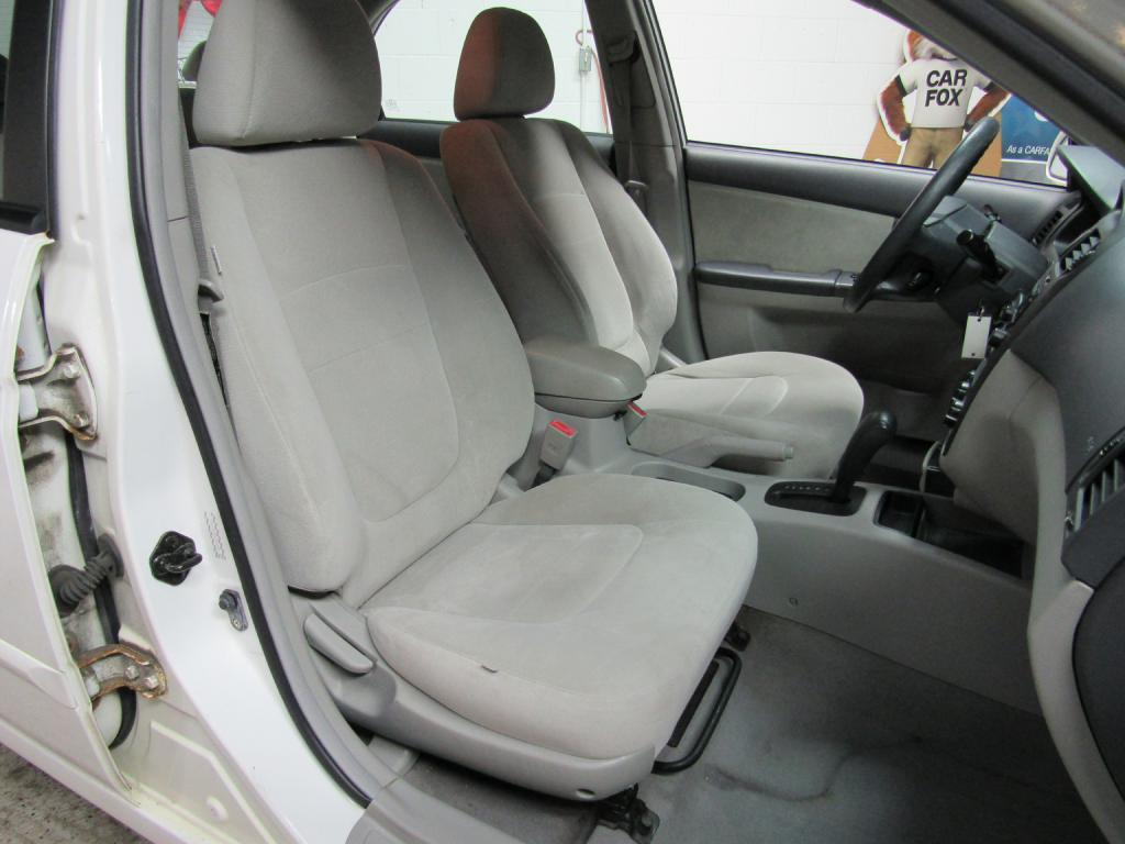 2005 KIA NEW SPECTRA LX for sale at KNH Auto Sales