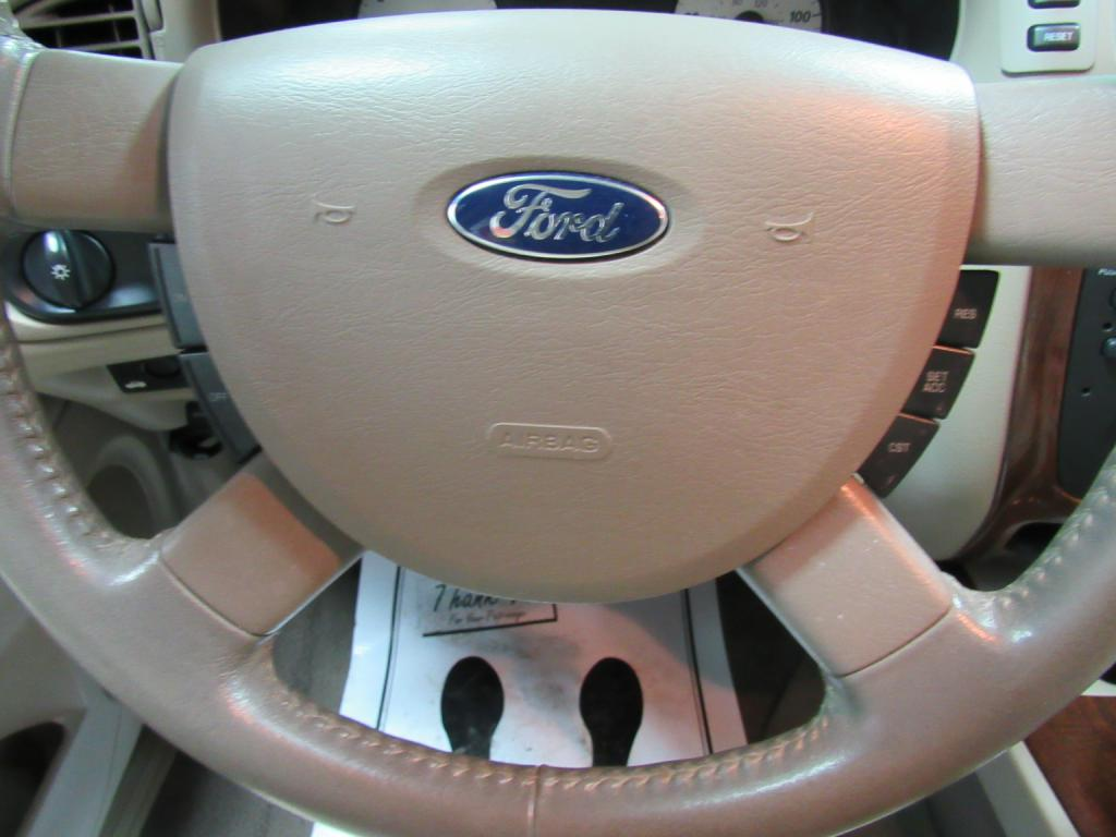 2007 FORD TAURUS SEL for sale at KNH Auto Sales