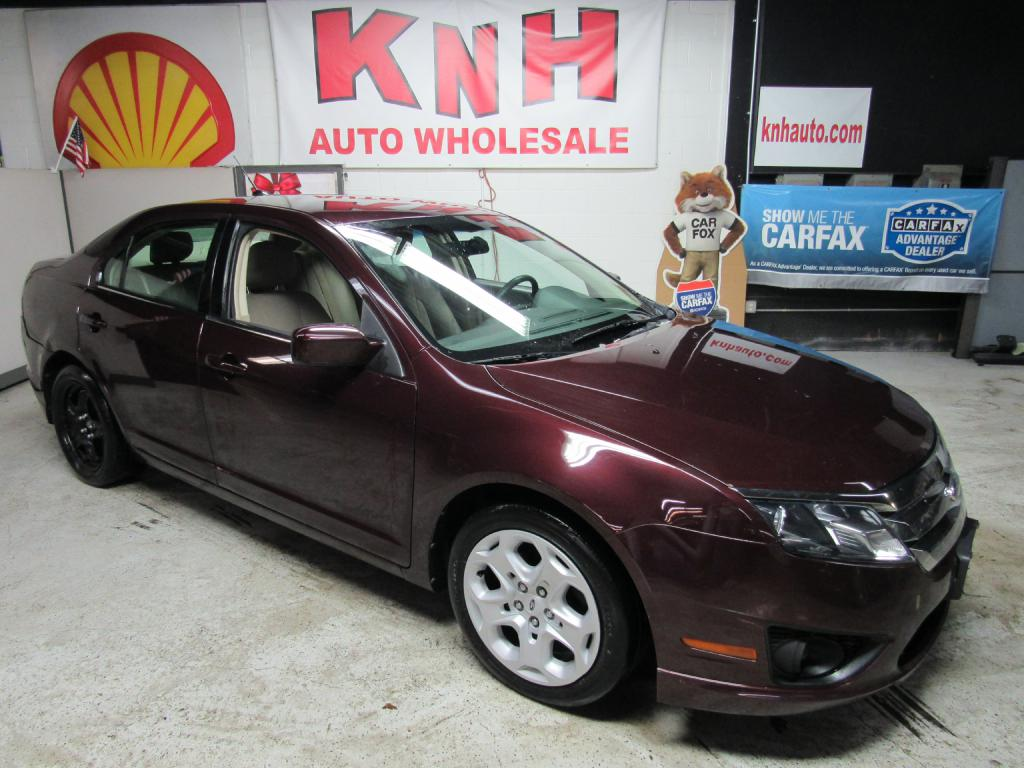 2011 FORD FUSION SE for sale at KNH Auto Sales