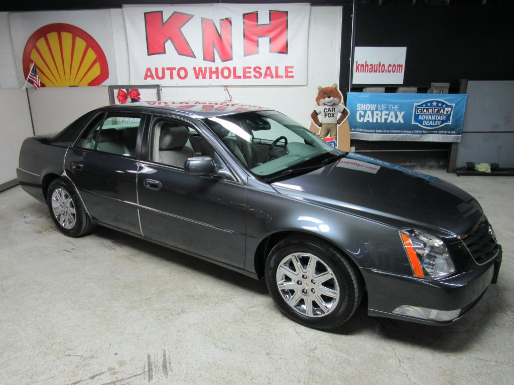 2011 CADILLAC DTS PREMIUM COLLECTION for sale at KNH Auto Sales