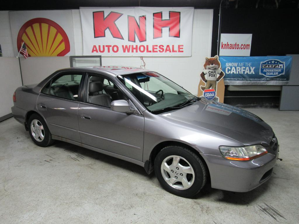 2000 HONDA ACCORD EX for sale at KNH Auto Sales