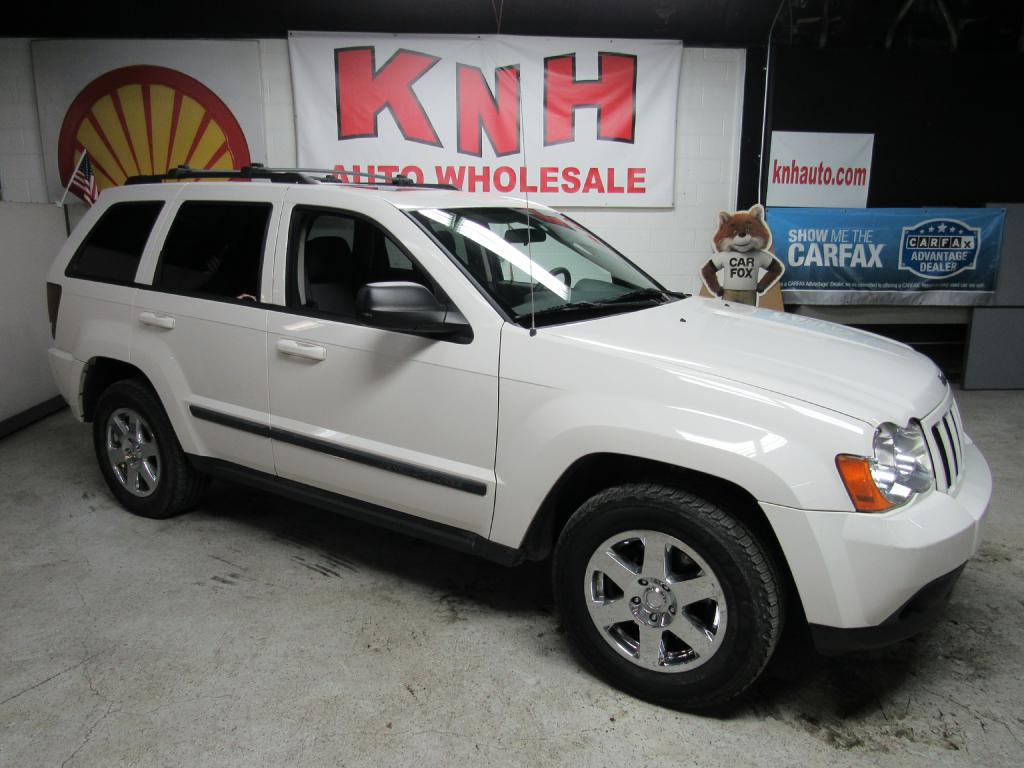 2009 JEEP GRAND CHEROKEE LAREDO for sale at KNH Auto Sales