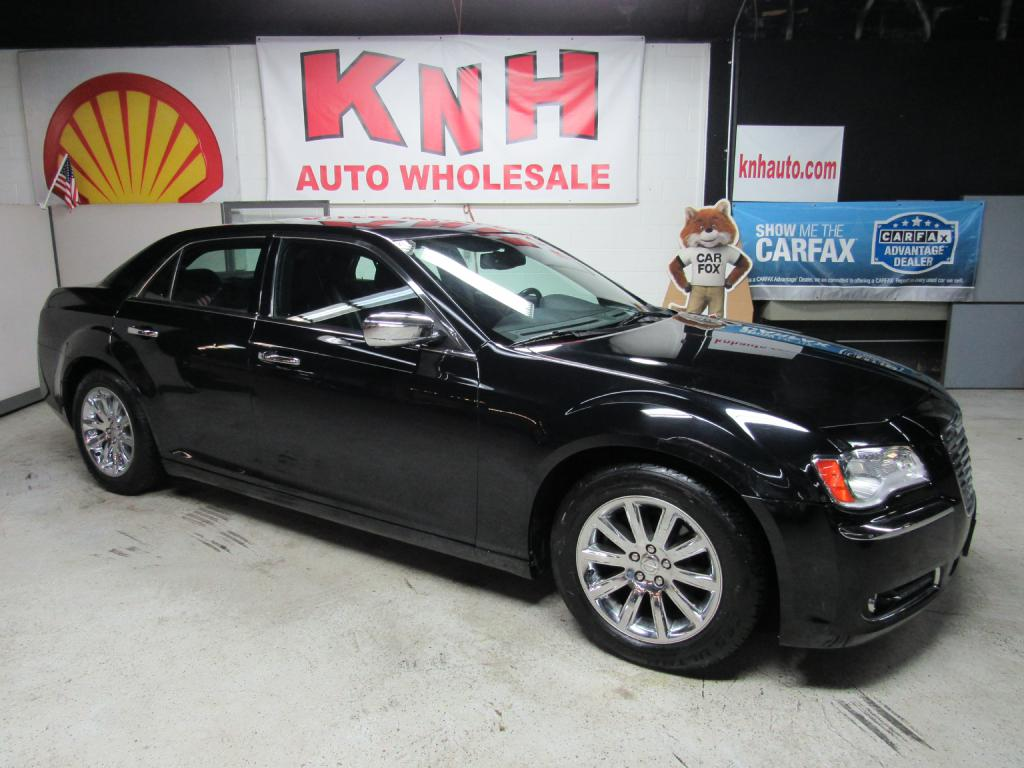 2012 CHRYSLER 300 LIMITED for sale at KNH Auto Sales