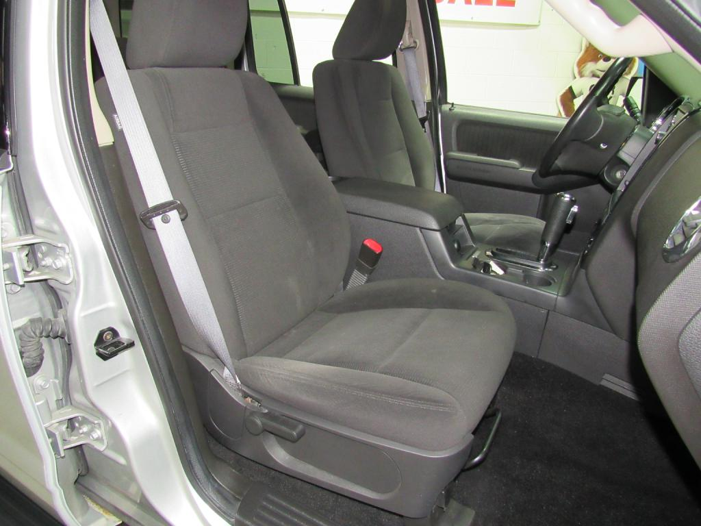 2009 FORD EXPLORER XLT for sale at KNH Auto Sales