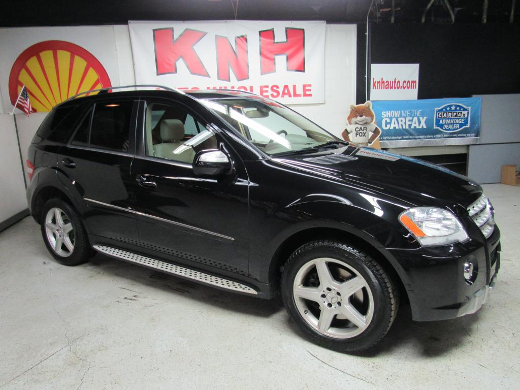 2009 MERCEDES-BENZ ML 550 for sale at KNH Auto Sales
