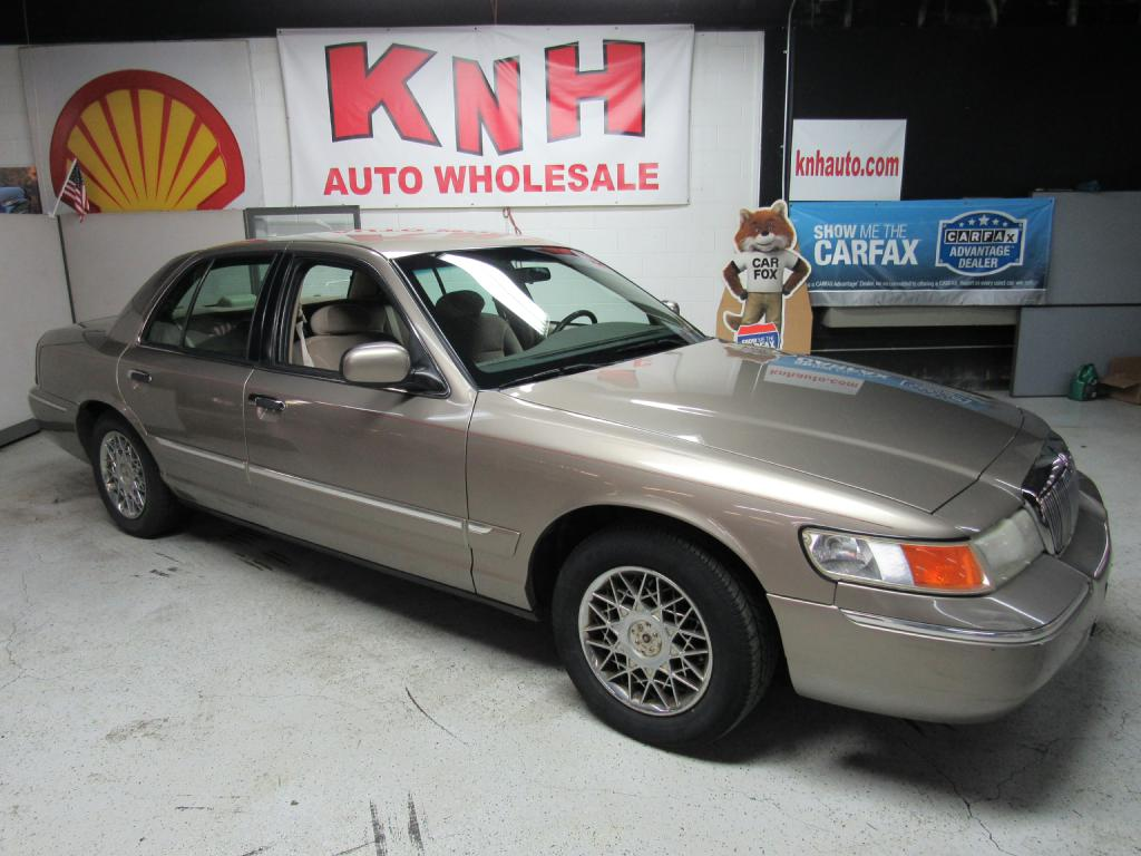 2002 MERCURY GRAND MARQUIS GS for sale at KNH Auto Sales