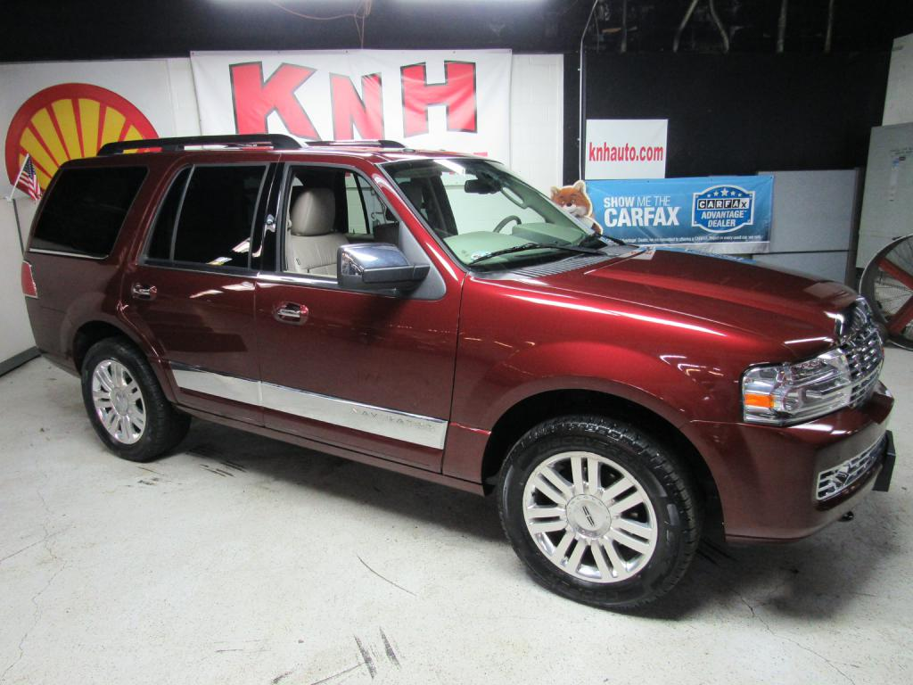 2012 LINCOLN NAVIGATOR  for sale at KNH Auto Sales