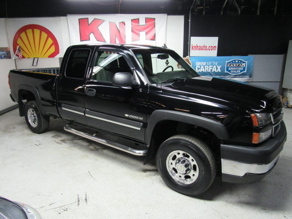 2006 CHEVROLET SILVERADO 2500  HEAVY DUTY for sale at KNH Auto Sales