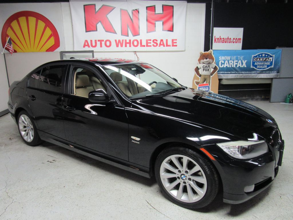 2011 BMW 328 XI for sale at KNH Auto Sales