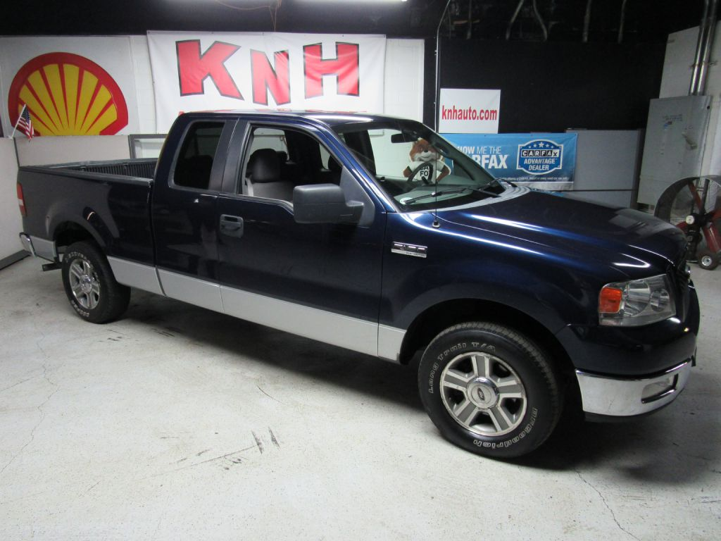 2005 FORD F150  for sale at KNH Auto Sales
