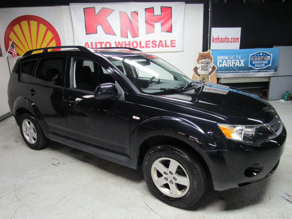 2009 MITSUBISHI OUTLANDER ES for sale at KNH Auto Sales