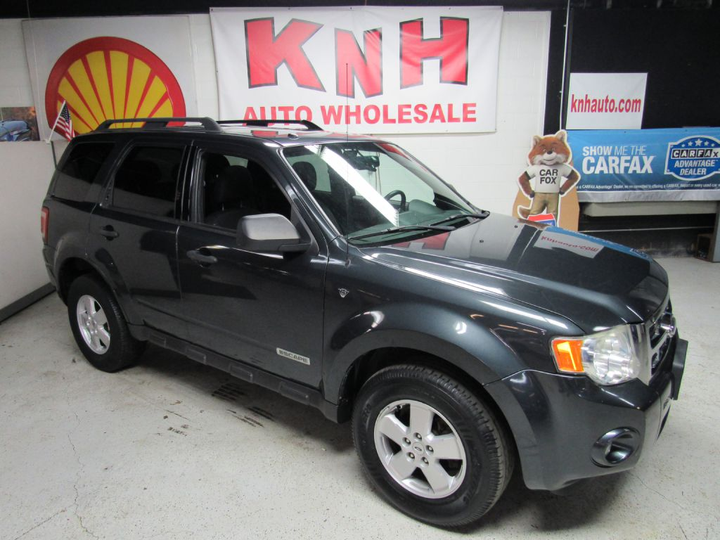 2008 FORD ESCAPE XLT for sale at KNH Auto Sales