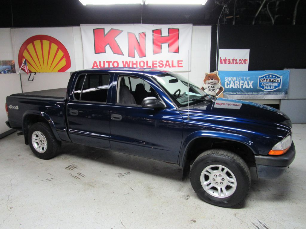 2004 DODGE DAKOTA QUAD SPORT for sale at KNH Auto Sales