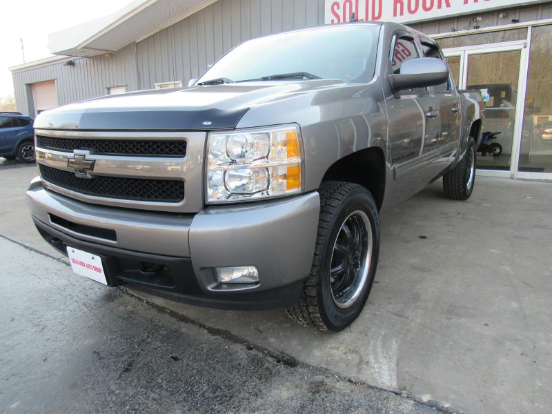 2009 CHEVROLET SILVERADO 1500 LTZ for sale at Solid Rock Auto Group