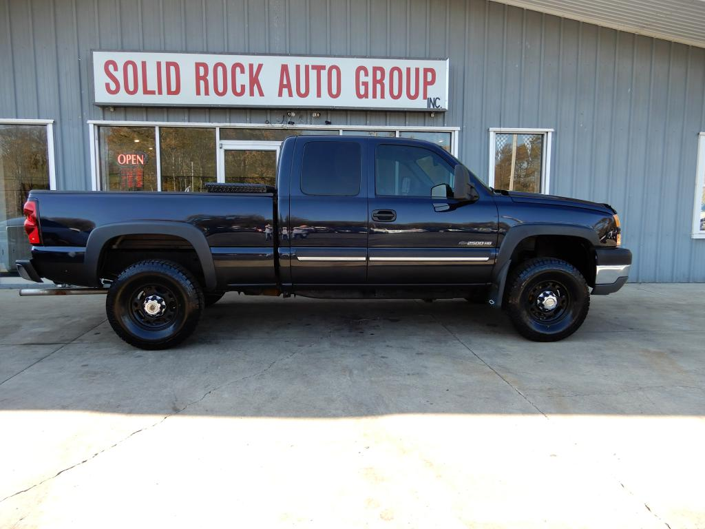 2005 CHEVROLET SILVERADO 2500 HEAVY DUTY for sale at Solid Rock Auto Group