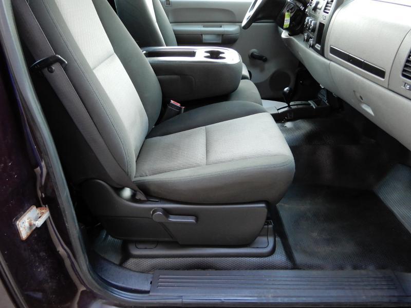 2009 CHEVROLET SILVERADO 2500  HEAVY DUTY 4X4 for sale at Solid Rock Auto Group