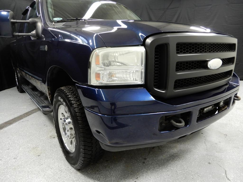2006-FORD-F250-CREW CAB  4X4-FOR-SALE-Garrettsville-Ohio for sale at Solid Rock Auto Group