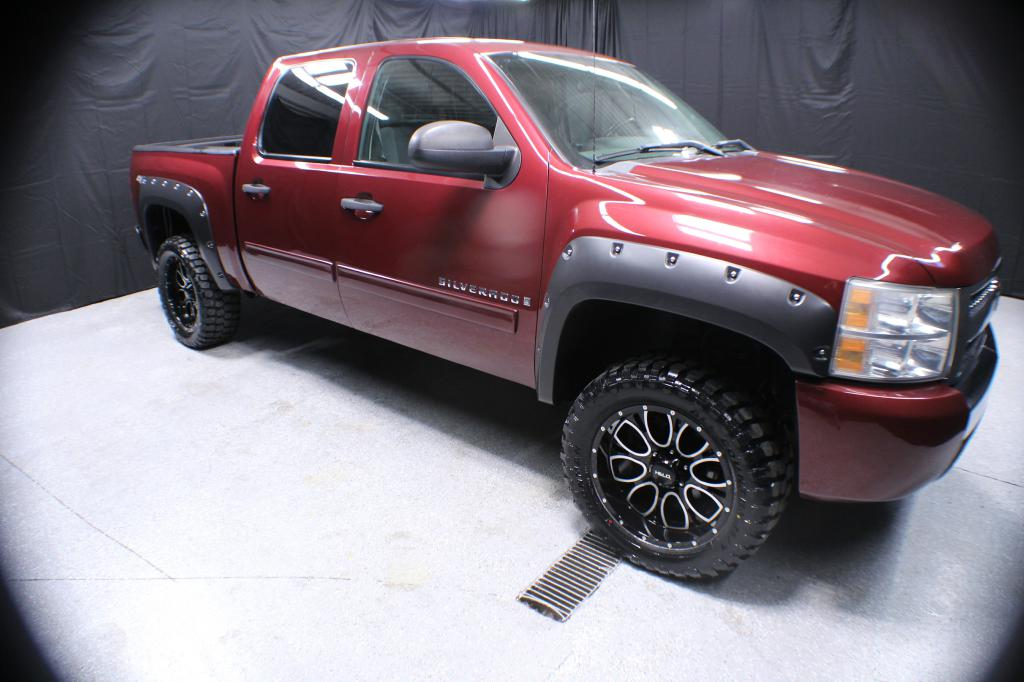 2009 CHEVROLET SILVERADO 1500 LT CREW CA for sale at Solid Rock Auto Group