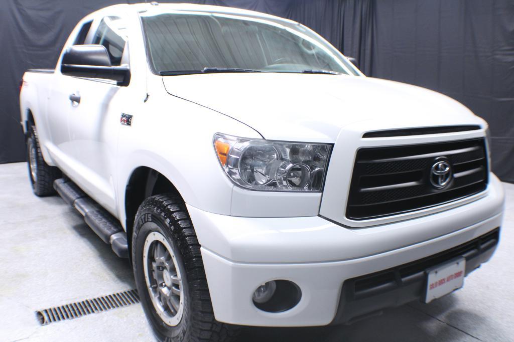2011 TOYOTA TUNDRA DOUBLE CAB SR5 4X4 for sale in Garrettsville, Ohio